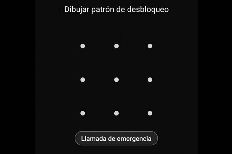 Lock screen with pattern