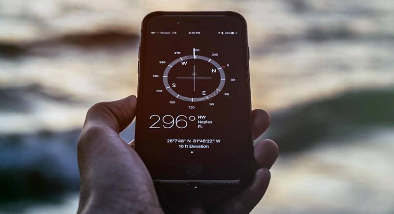 beach mobile compass