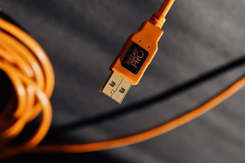 USB orange cable