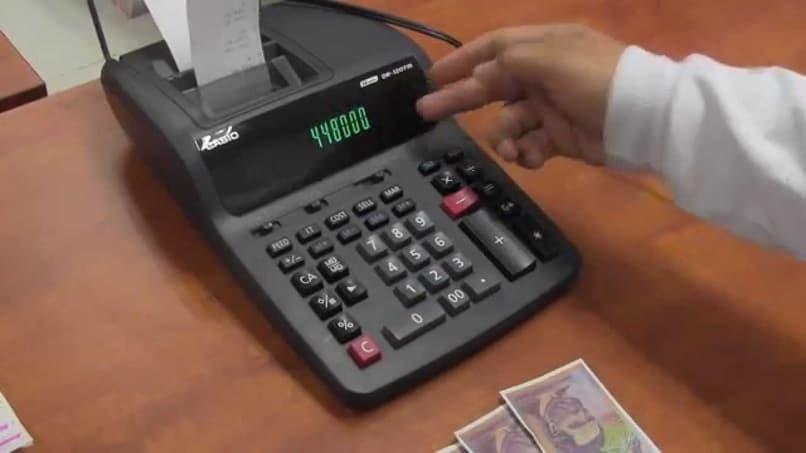 use roll calculator