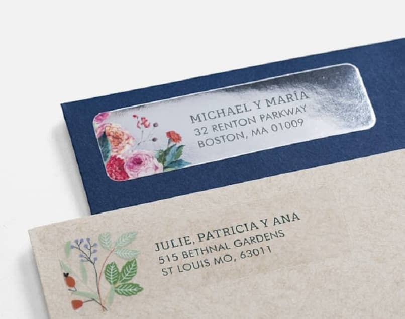 envelopes with labels