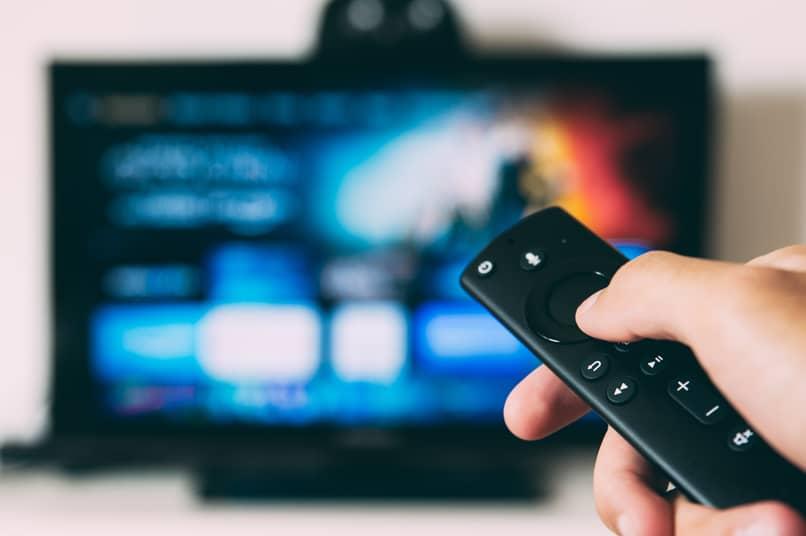remote turn on smart tv