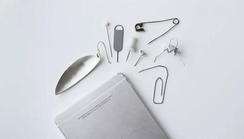 white iphone tools