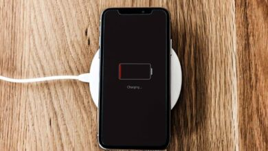 Photo of How to make my cell phone battery charge faster?