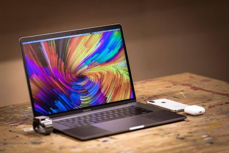 Color screen laptop