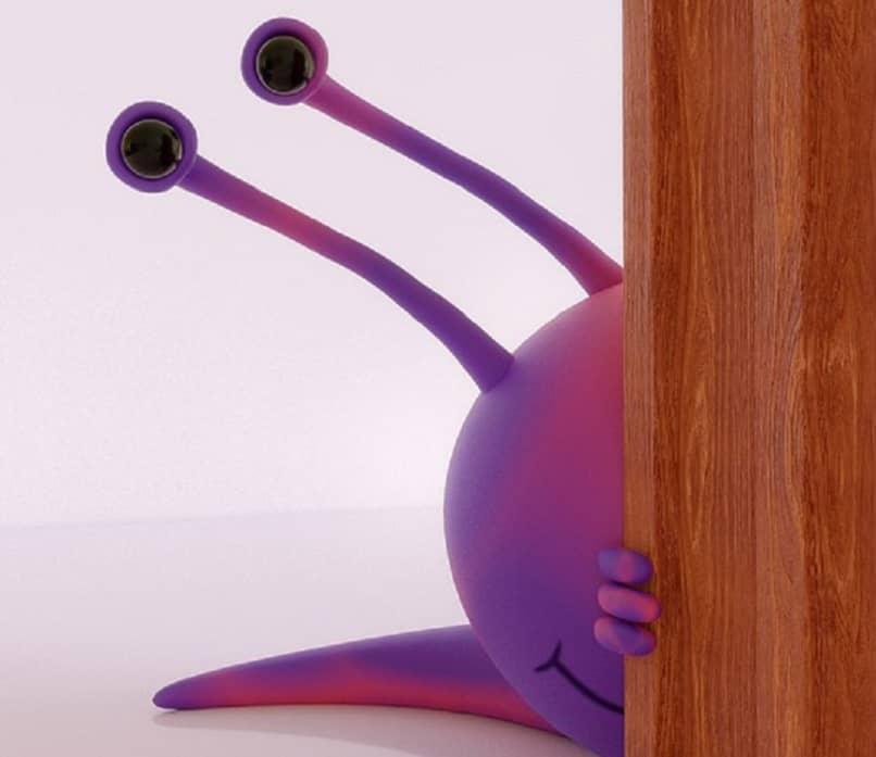 little snail hidden for an animated gif