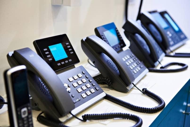the best IP telephony providers