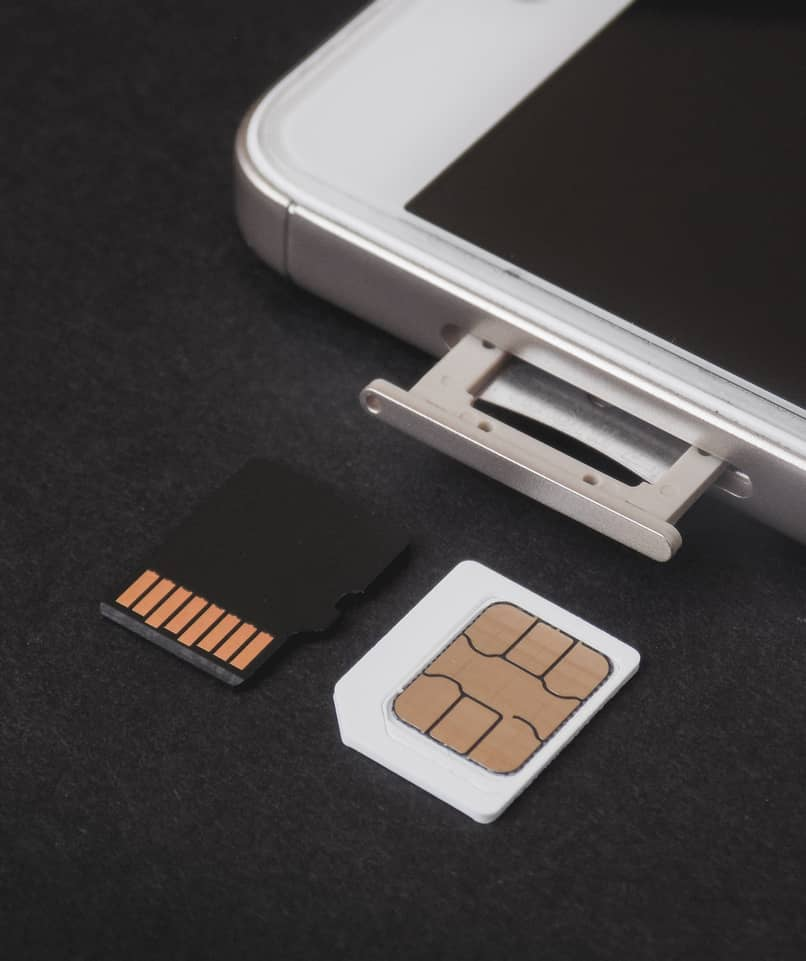 phone with sim card tray jammed