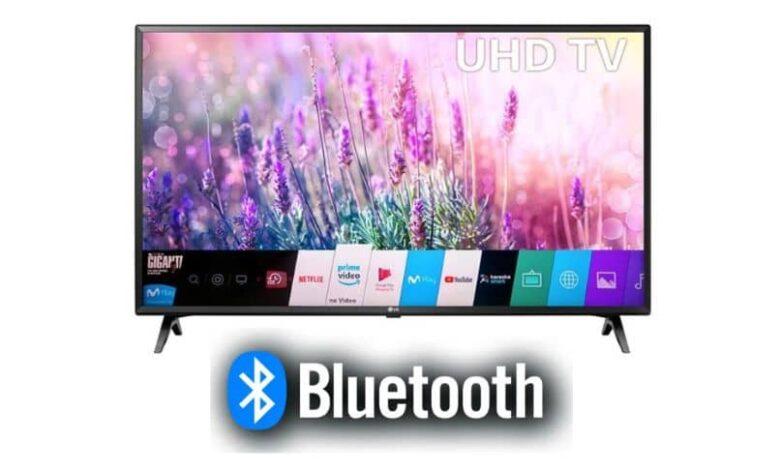 smart tv white background