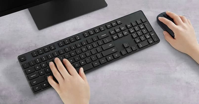 use wireless keyboard and mouse