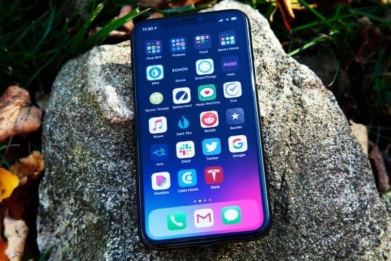 blue screen iphone phone