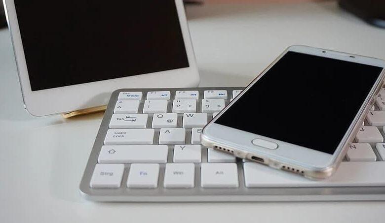 phone on a keyboard