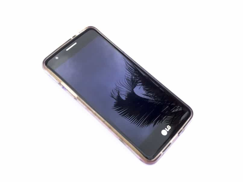 cell phone does not recognize or detect memory card